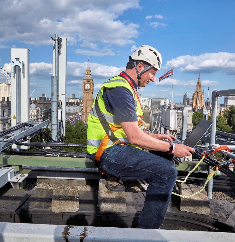 vodafone uk london 5g engineer