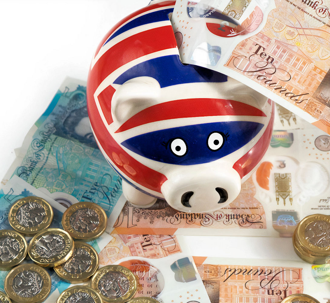 Pound money uk piggy bank savings image