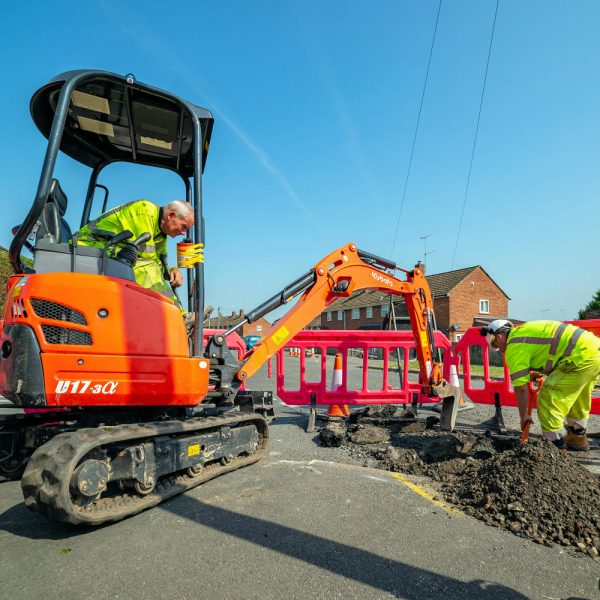 Full Fibre Limited Engineer and Diggers Trenching