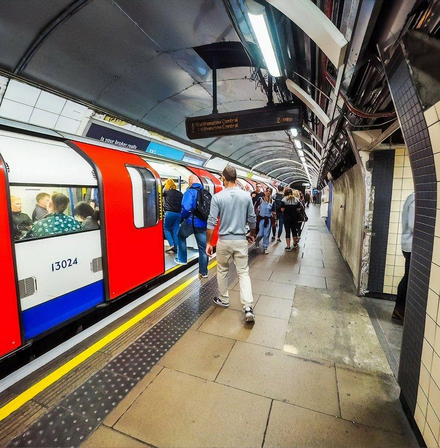 london_tube_train_network_rail_tfl_uk