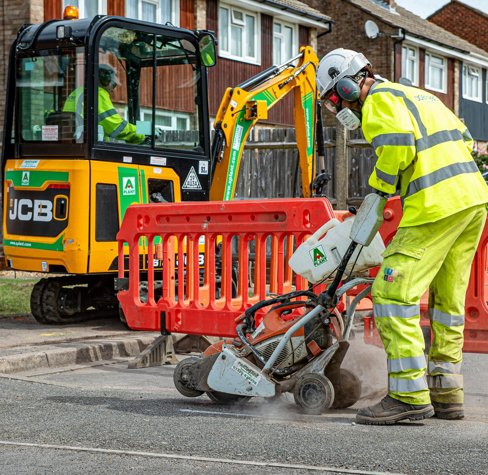 micro_ducting_openreach_fttp_street_dig