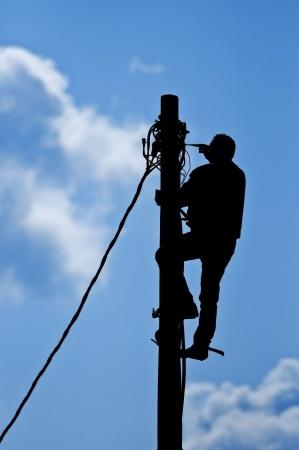telegraph_pole_broadband_maintenance