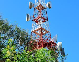 wireless-mobile-mast